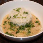 Thaise curry met reuzengarnalen en kokosmelk
