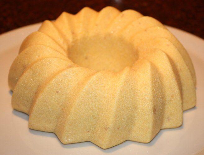Hazelnootpudding met warme bramensaus; recept; recepten; nagerecht; nagerechten; pudding; hazelnootpudding; bramen; bramensaus; toetje; dessert; zelfgemaakt; koken;