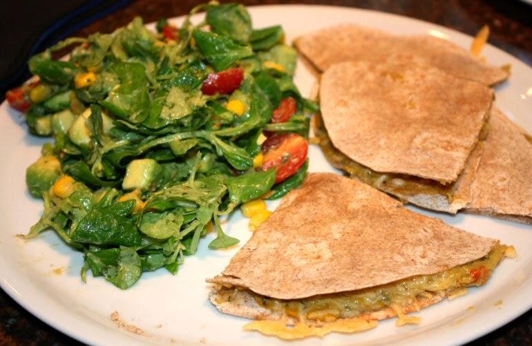 Quesadillas met guacamole en kaas; recept; recepten; hoofdgerecht; hoofdgerechten; Mexicaans; tortilla; wrap; quesadilla; guacamole; avocado; kaas; koken; zelfgemaakt; snel klaar