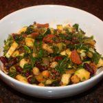 Maaltijdsalade van bonen en courgette met chorizo, maaltijdsalade, maaltijdsalades, kikkererwt, kikkererwten, linzen, kidneybonen, courgette, courgettes, chorizo, rucola, recept, recepten, hoofdgerecht, hoofdgerechten,