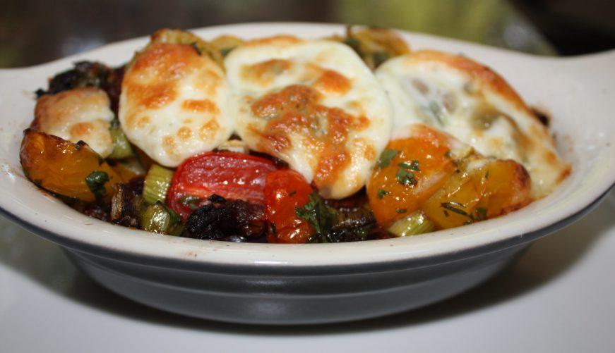 Ovenschotel met aubergine en tomaat; recept; recepten; bijgerecht; bijgerechten; hoofdgerecht; hoofdgerechten; oven; ovenschotel; aubergine; tomaat; tomaten; kerstomaat; kerstomaten; mozzarella