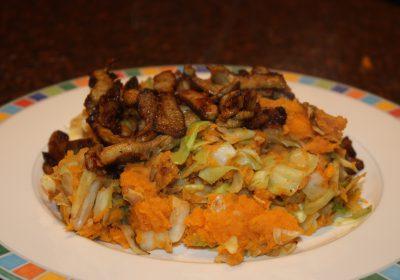 Zoete-aardappelstamppot met spitskool en shoarma; recept; recepten; hoofdgerecht; hoofdgerechten; stamppot; zoete aardappel; bataat; spitskool; shoarma