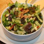 Waldorfsalade met bleekselderij en druiven