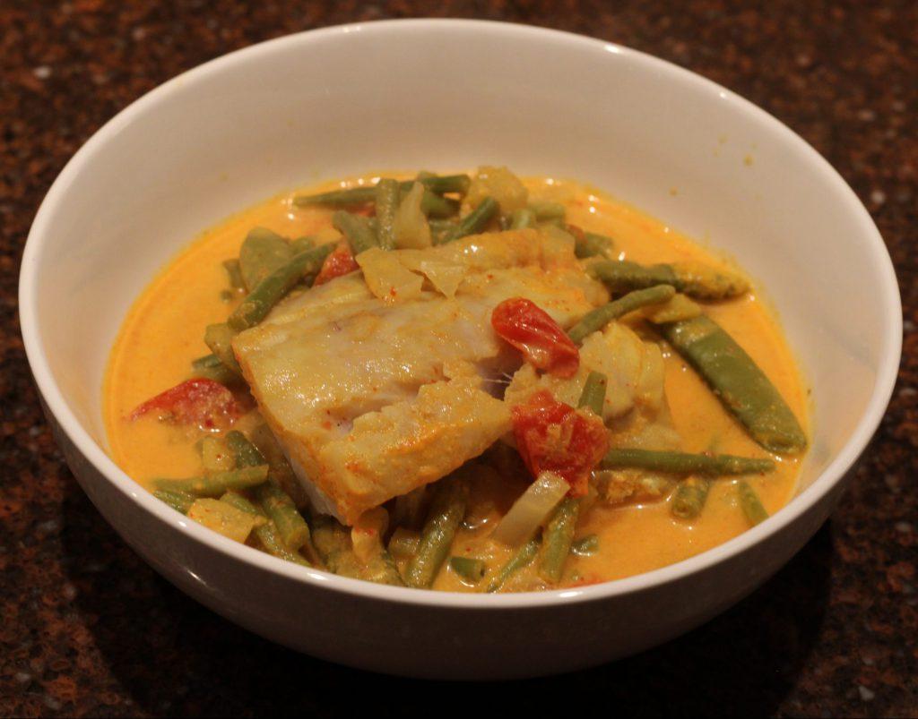 Thaise curry met kabeljauw; recept; recepten; hoofdgerecht; hoofdgerechten; Thais; Oosters; curry; kabeljauw; sugar snaps; haricots verts; tomaat; tomaten; venkel